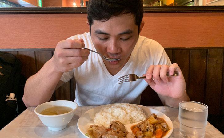 フィリピンレストラン『ニューナナイズ』に行ってきました。